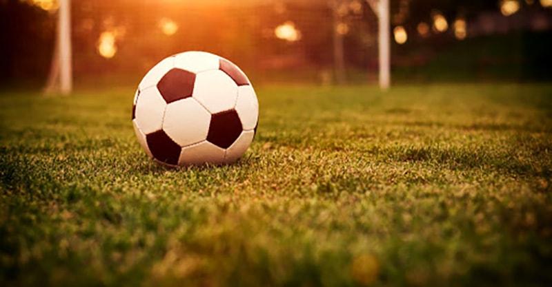 قوانین ورزش فوتبال
