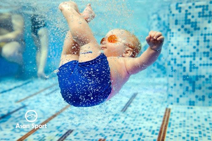 آموزش شنا کودکان